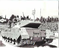 1978 IDF Israeli Defense Force Merkava Tank on Parade 8x10 Original News Photo