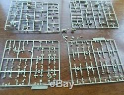 ACADEMY 1/35 Scale #1368 Israeli Defense Force Infantry open box loose parts
