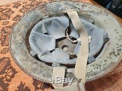 Idf 1948-1950s medic helmet givati\golani unit  inside magen david WOW