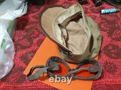 WOW! Lot hat and goggles belong to the same military policeman motorcycle IDF