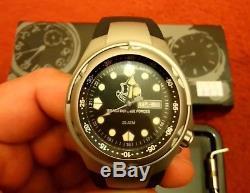 Adi Montres Idf Militaire Hommes Quartz Watch Unit 223 Sports, Analogique, Date, Wr 200m