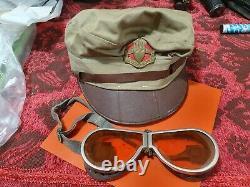 Hou La La! Chapeau Lot Et Lunettes Appartiennent À La Même Moto De La Police Militaire De Tsahal