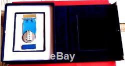 Israel Idf Véritable Service Distingué Par Médaille, Étui De Velours Bleu Glorifié, Ruban
